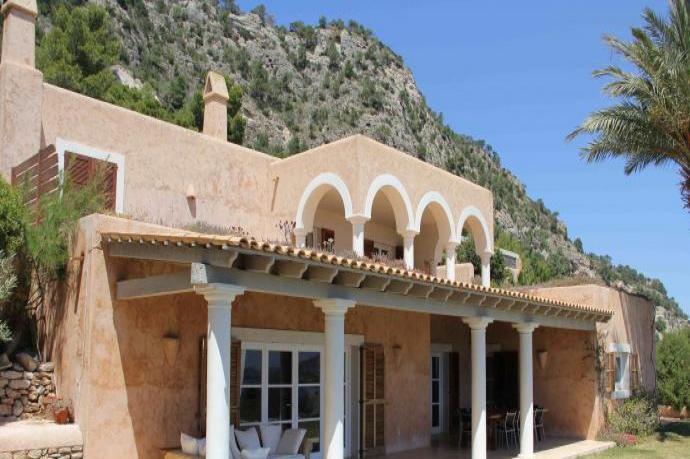 Ibimimosa villa toscana es cubells ibiza islas for Villas toscana